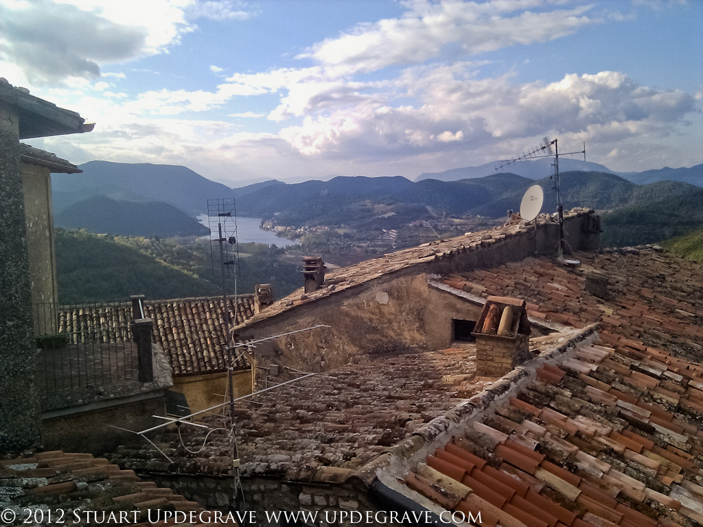 Looking over the rooftops of Labro to Lago di Piediluco.